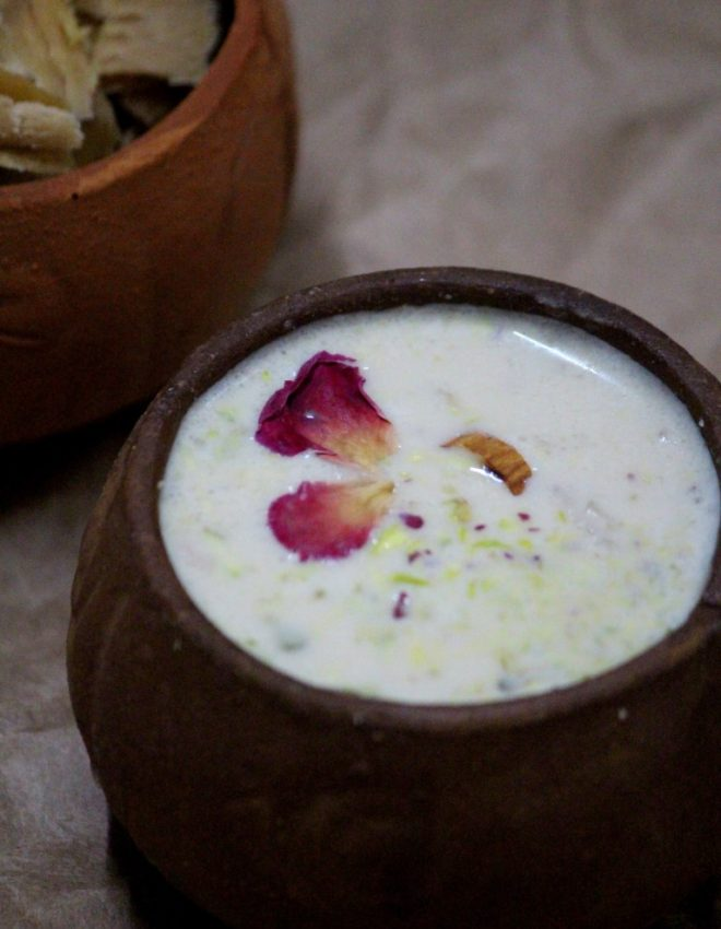 Nolen Gurer Payesh (Rice pudding with Date Palm Jaggery)