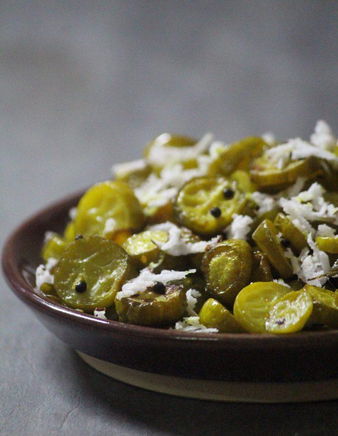 Ivy Gourd Fry (Maharashtrian style Tendli / Tondli Chi bhaji)